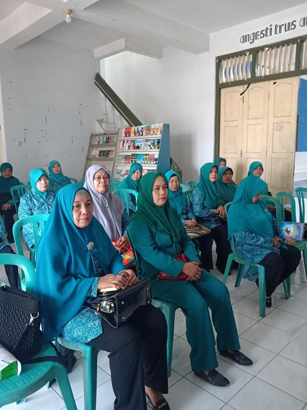 Pertemuan Rutin TP PKK Kelurahan Mojorejo